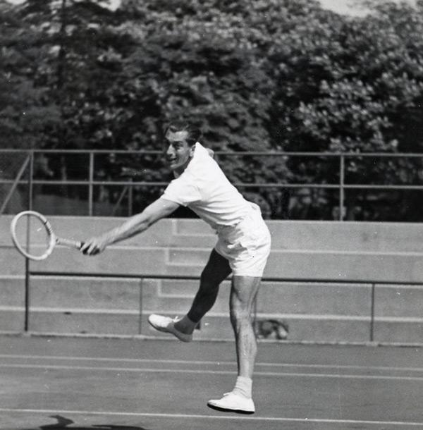 Histoire tenue de tennis 7c384ada7ab